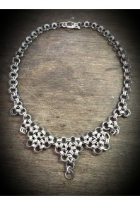 Oxi-Daisy Silver Necklace