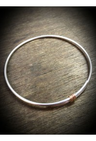 Rebeus Silver Bangle with Red Gold Wire
