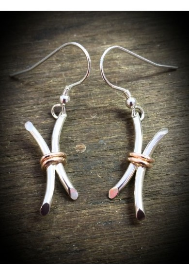 Rebeus Silver Small Twin Earrings with Red Gold Wire