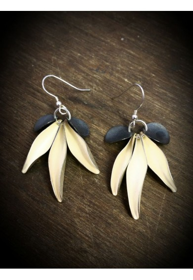 Flower Silver 5 Leaf Earrings