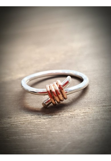 Rebeus Silver Crossover Ring with Red Gold Wire