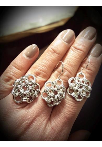 Daisy Silver Small Drop Earrings