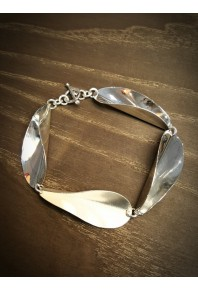 Chilli 17 Silver Repeat Link Bracelet