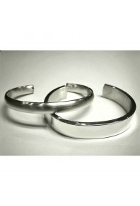 8mm Oval Silver Satin Bangle