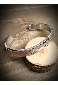 9.5mm Wide Flat Silver Texture Cuff Bangle